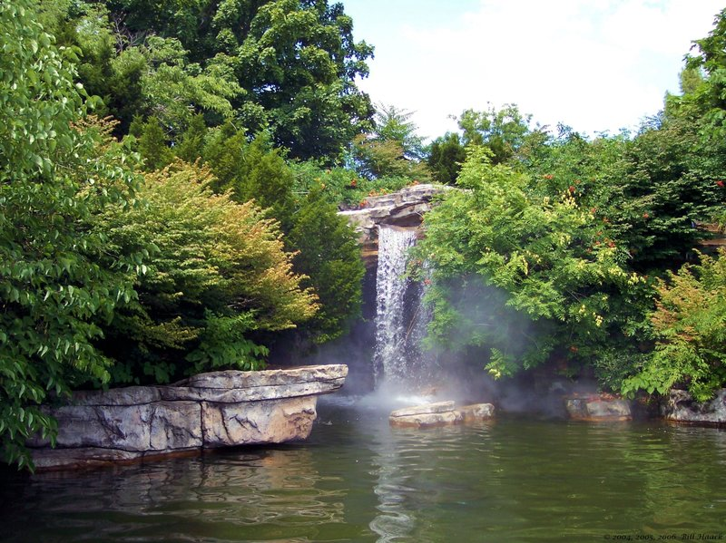 92_100_0057 waterfall 072604.jpg