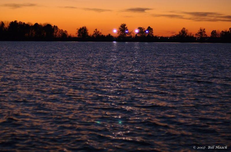 96_DSC_2957 sunset Creve Coeur lake 111607.jpg