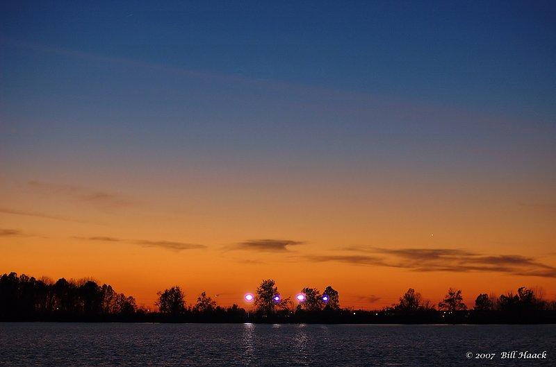 96_DSC_2969 sunset Creve Coeur lake 111607.jpg