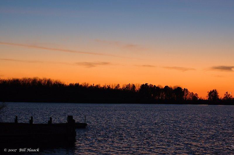 96_DSC_2982 sunset Creve Coeur lake 111607.jpg