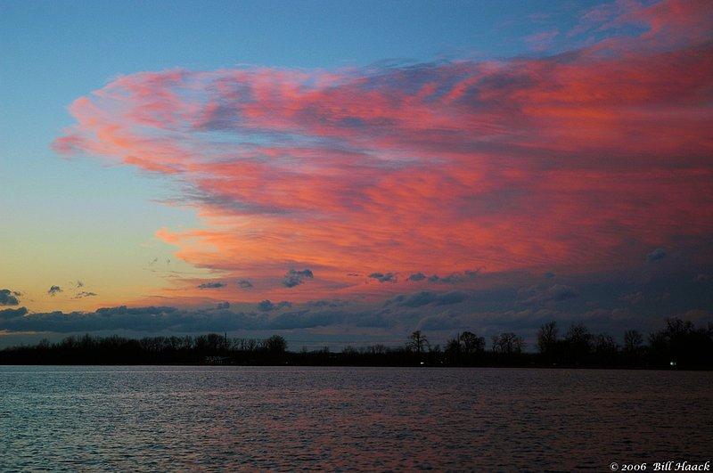 96_DSC_3506 sunset Creve Couer 040206.jpg