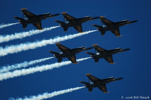 80_DSC_9087 Blue Angels 6 smoke 020 090107.jpg