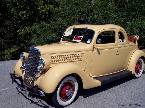 87_100_1587 beige 40s auto rumble 090505.jpg