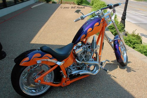 88_DSC_4046 orange motorcycle 041906.jpg