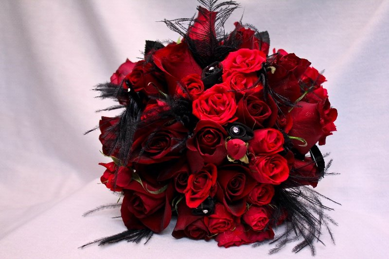 Red Rose Bouqet Black Feathers Bling Jpg