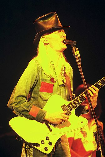 Johnny Winter 103.jpg