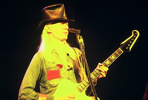 Johnny Winter 104.jpg