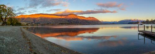 Lake Wanaka pano.jpg