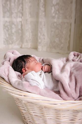 01_Ariana_Newborn.jpg