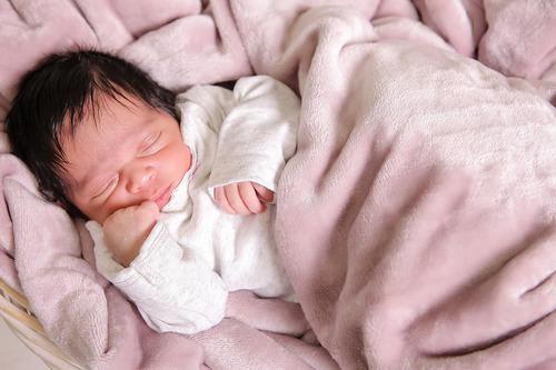 04_Ariana_Newborn.jpg