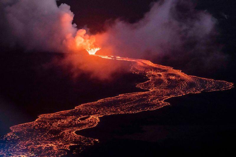 RZ1044.jpg :: 2018 volcanic eruption in Leilani Estates subdivision on the Big Island of Hawaii.
