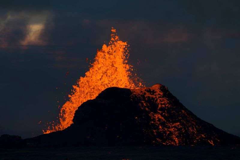 RZ7017.jpg :: 2018 volcanic eruption in Leilani Estates subdivision on the Big Island of Hawaii.