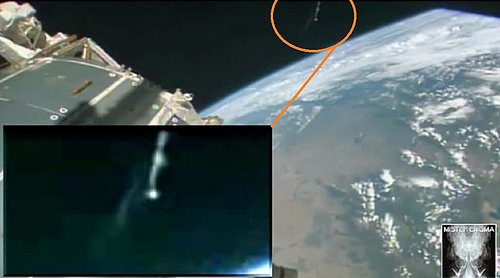 AUGUST 2015  I.S.S. AND ALIEN CRAFT IN ORBIT.jpg